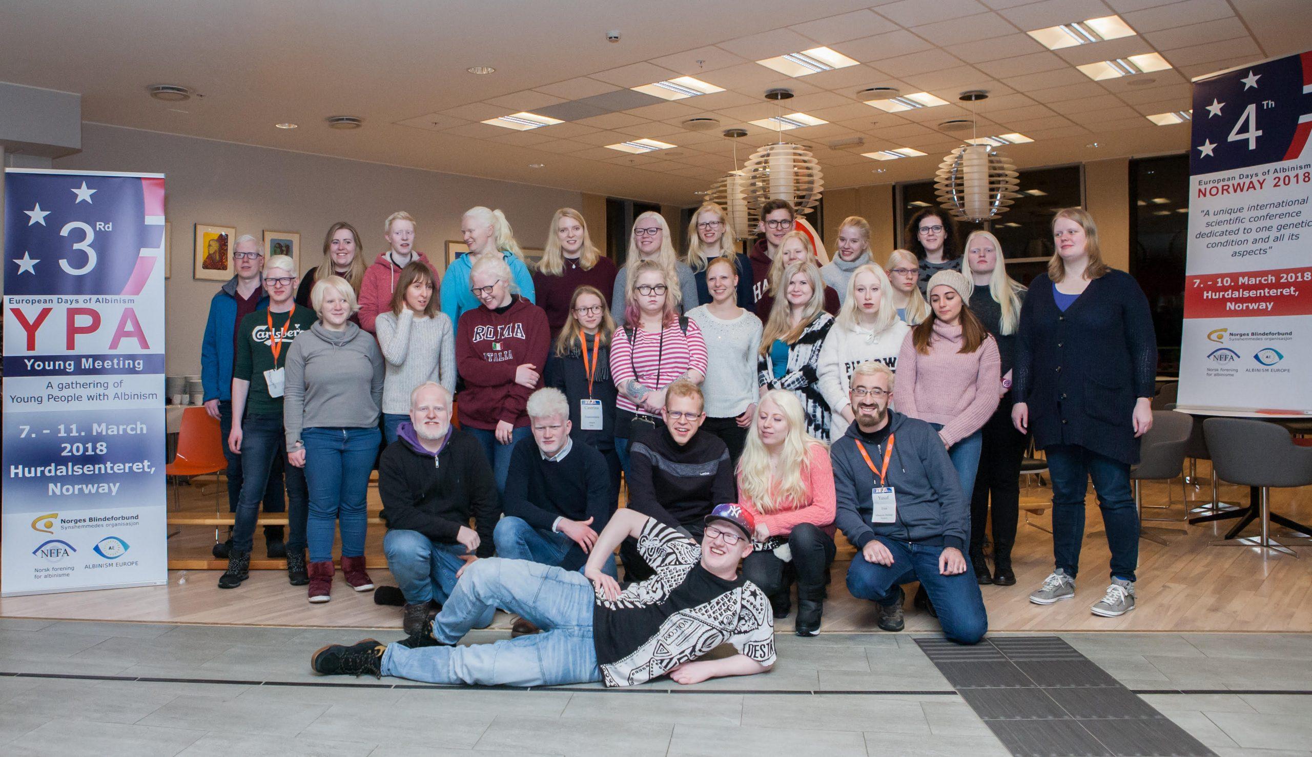 Foto de grupo participantes en la 3YPA