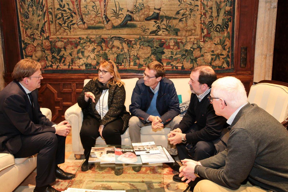 Reunión representantes de ALBA con el presidente de la Generalitat Valenciana