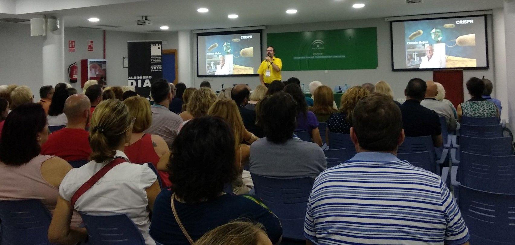 Conferencia del Dr. LLuís Montoliu