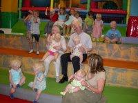 Niños en la 1ª Jornada multidisciplinar sobre albinismo